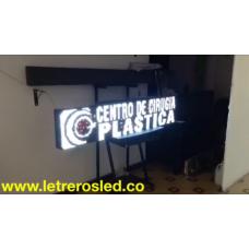 Pantalla LED Tri-Color (Rojo Blanco Rosado). 32x160cm. Conexion USB.